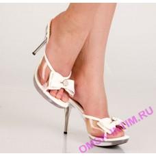 5601 - Туфли белые 38р.